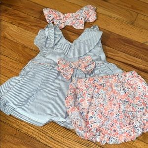 3 piece plaid/ flower print outfit NEVER WORN